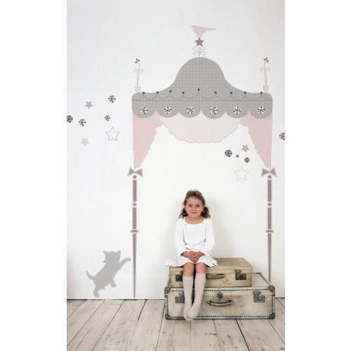 tete de lit princesse 15 t te de lit pour petite. Black Bedroom Furniture Sets. Home Design Ideas