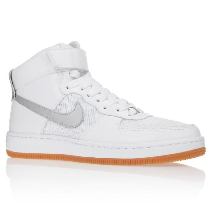 nike baskets w nike af1 ultra chaussure femme femme blanc et argent achat vente nike baskets. Black Bedroom Furniture Sets. Home Design Ideas