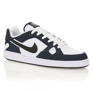 f1ddfec327a68 Chaussures Nike - Achat   Vente Nike pas cher - Cdiscount - Page 69
