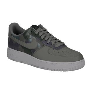 BASKET Basket Nike air force 1 '07 LV basse en cuir vert