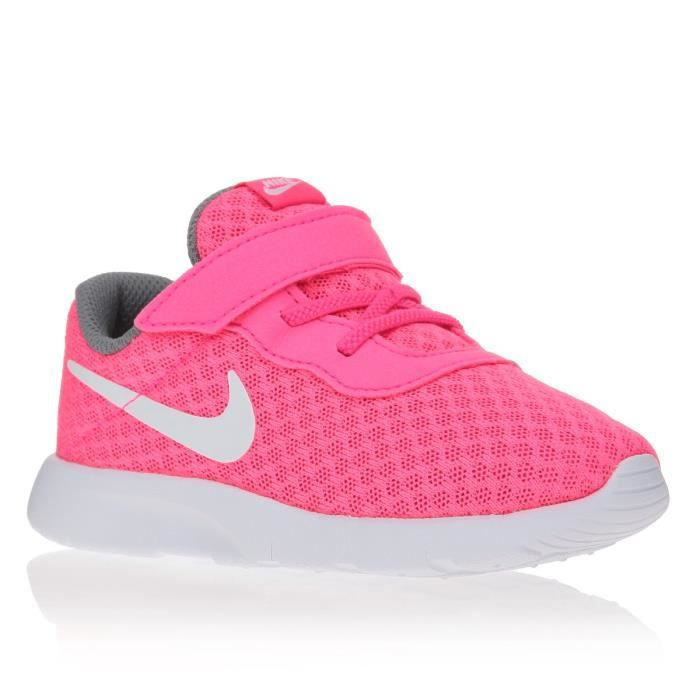 nike baskets tanjun chaussures b b fille rose et blanc. Black Bedroom Furniture Sets. Home Design Ideas