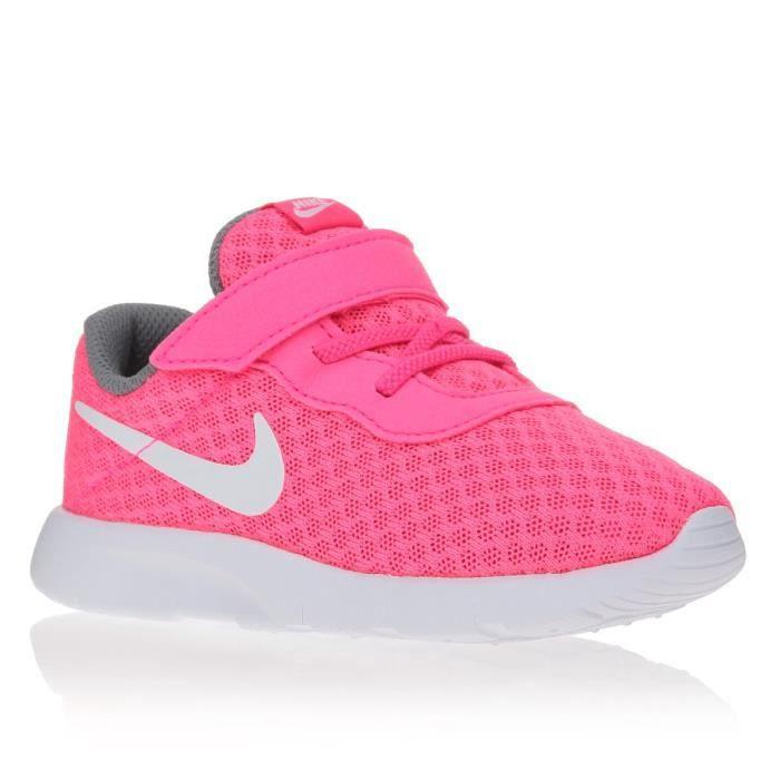 NIKE Baskets Tanjun Chaussures Bébé Fille Rose et blanc ...