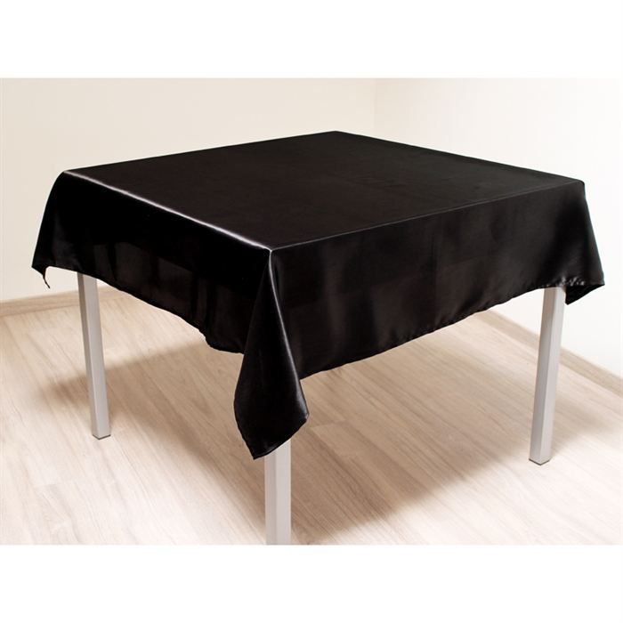 nappe carr e noire table de cuisine. Black Bedroom Furniture Sets. Home Design Ideas