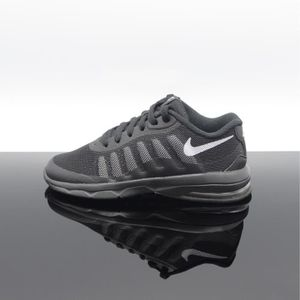 BASKET NIKE AIR MAX INVIGOR 749573-003