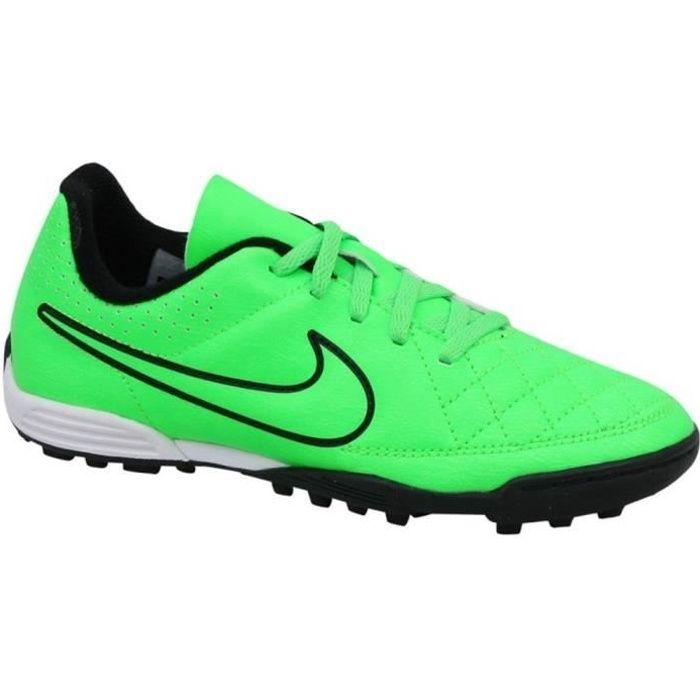Chaussures de football Nike JR Tiempo Rio 35