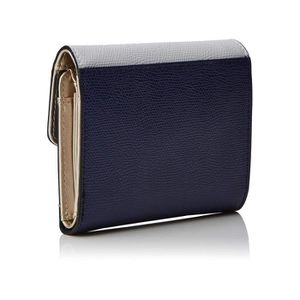 884a784db8 ... PORTEFEUILLE Guess Portefeuille Femme Maddy SWVL7294130 Navy Mu ...