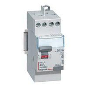 Interrupteur diff/érentiel 63A 30Ma type A d/épart haut