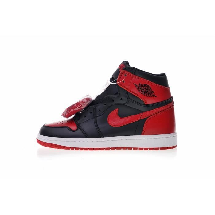 big sale b5006 750c9 Basket NIKE Air Jordan 1 Retro High OG Banned, Espadrilles Chaussures de  Basketball Homme Femme-Noir Rouge