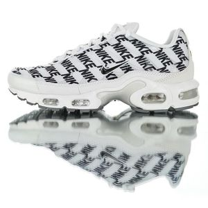 CHAUSSURE TONING Baskets Nike Air Max TN Plus Chaussures de Course