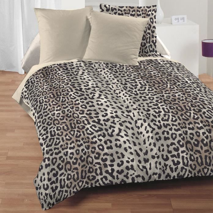 Couette Imprimee Double Face 100 Polyester 400g M2 Lusaka 240x260cm