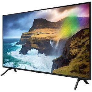 Téléviseur LED TV intelligente Samsung QE82Q70R 82