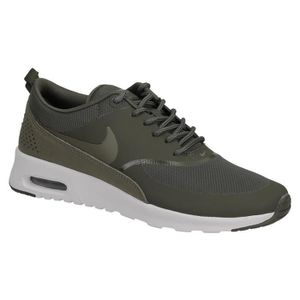 huge selection of 2cf2a 6e15e BASKET Basket dame Nike air max Thea khaki et olive.