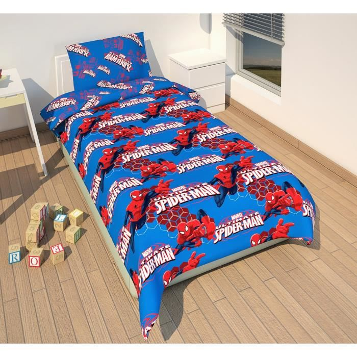 parure de couette spiderman fly 100 polyester 1 housse. Black Bedroom Furniture Sets. Home Design Ideas