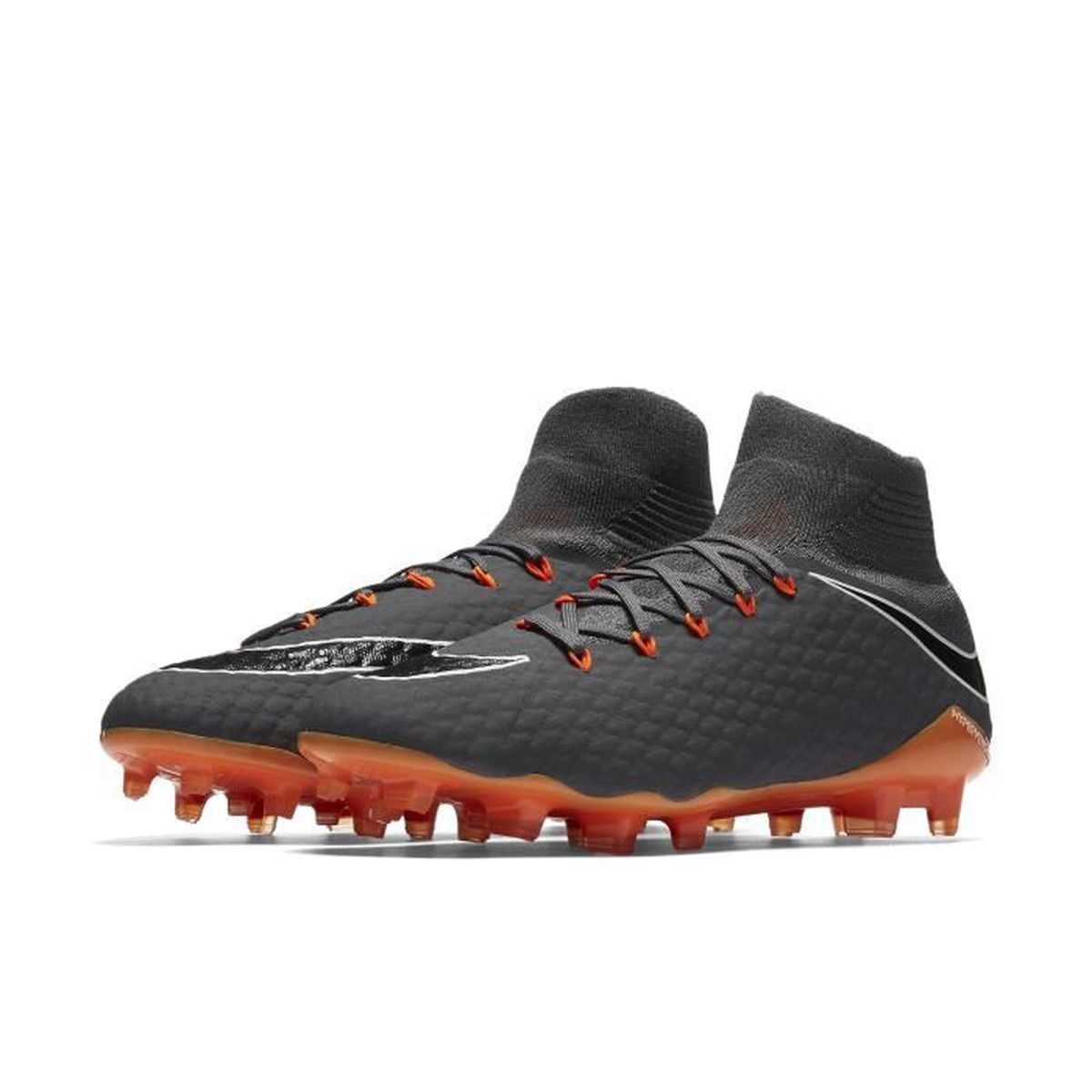 finest selection 9ad5e a39f6 CHAUSSURES DE FOOTBALL Nike Hypervenom Phantom III Pro Dynamic Fit FG, So.  FINITION IMPARABLEnnPensée pour ...