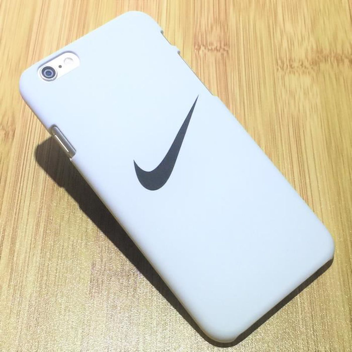coque iphone 7 plus nike silicone