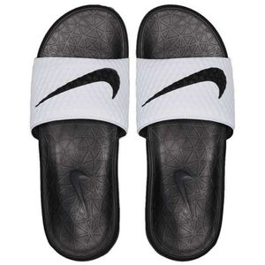 new style bb393 46001 CHAUSSURES DE FOOTBALL CLAQUETTE SANDALE NIKE BENASSI SOLARSOFT BLANC ADU