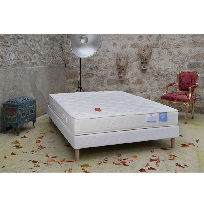 benoist matelas 160x200 cm latex et mousse ferme 75kg m et 35kg m 2 personnes achat. Black Bedroom Furniture Sets. Home Design Ideas