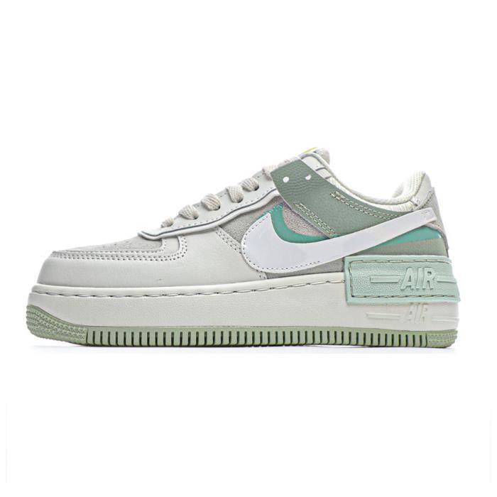 Baskets Nike WMNS Air Force 1 Shadow Femme Vert Vert Vert ...