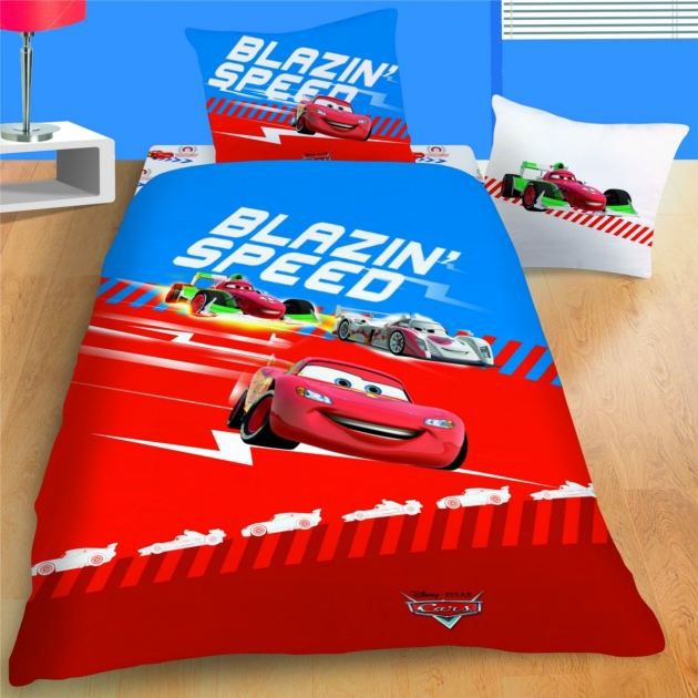disney cars 2 parure de lit housse de couet achat. Black Bedroom Furniture Sets. Home Design Ideas