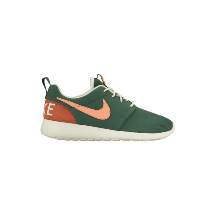 outlet store a2aa5 ccb05 BASKET NIKE ROSHERUN RETRO
