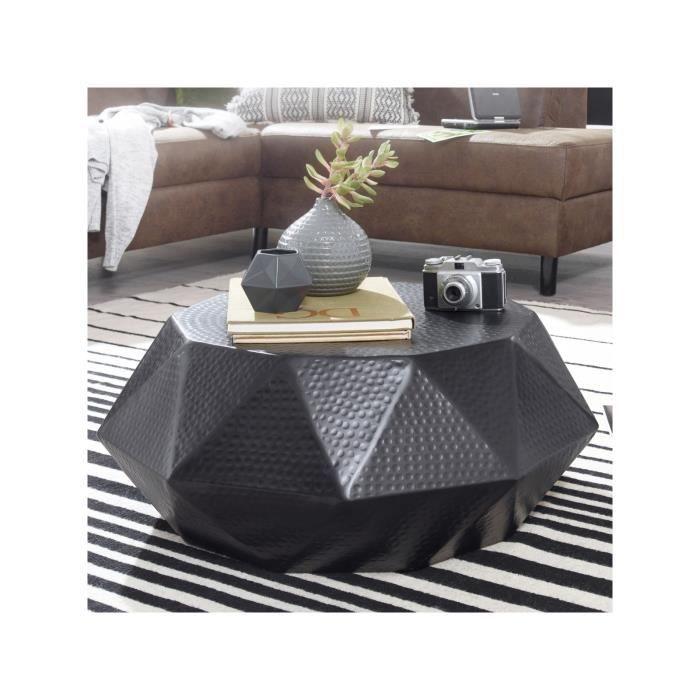 table basse design en aluminium forme de diamant c