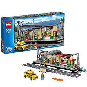ASSEMBLAGE CONSTRUCTION Jeu D'Assemblage LEGO FCF1O CITY Gare du bâtiment
