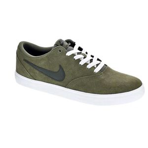 factory authentic 5b9c5 72175 BASKET Baskets basses - Nike Sb Check Homme Vert 42