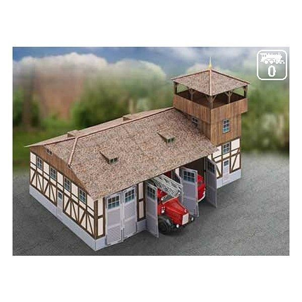 maquette en carton caserne de pompiers achat vente garage batiment cdiscount. Black Bedroom Furniture Sets. Home Design Ideas