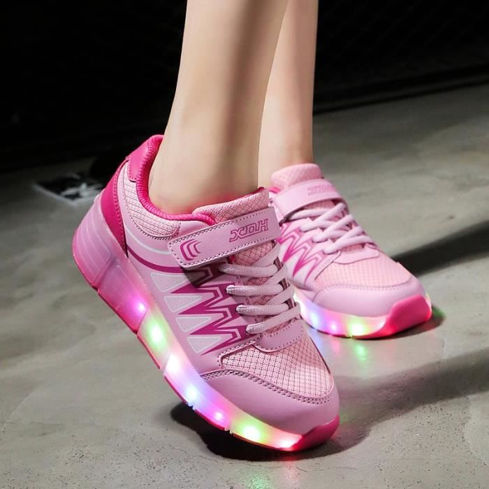 Enfants chaussures roulettes LED lighted USB ch...