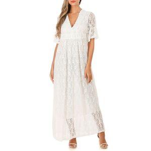 ROBE Robe longue blanche en dentelle à manches évasées
