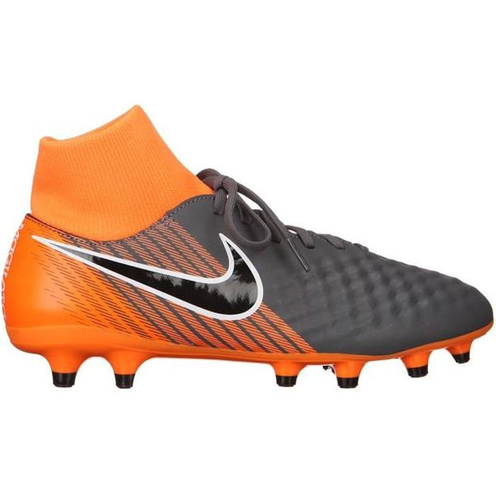 half off 0cb49 5db27 Chaussure de foot nike magista