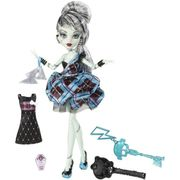 POUPEE - POUPON Monster High - Tenue de soirée - Frankie Stein
