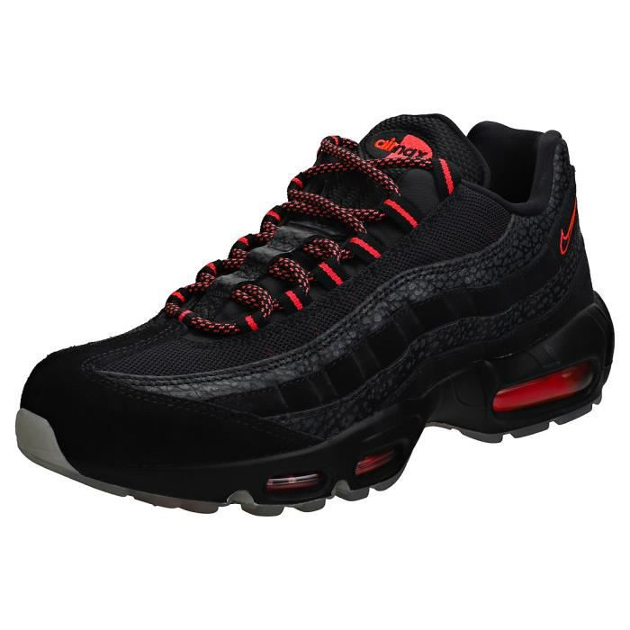 regarder 7db1b f6f92 Nike Air Max 95 Femme Baskets Noir Rose