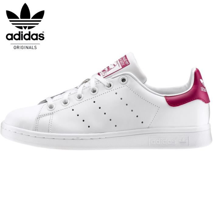 basket adidas stan smith j age adolescent couleur blanc genre mixte blanc blanc. Black Bedroom Furniture Sets. Home Design Ideas