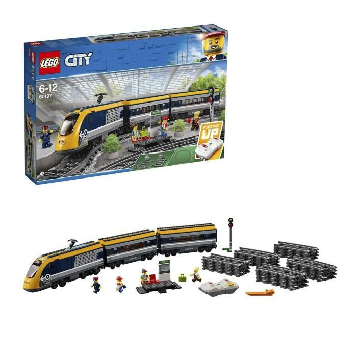 Photo de lego-city-60197-train-de-passagers-telecommande