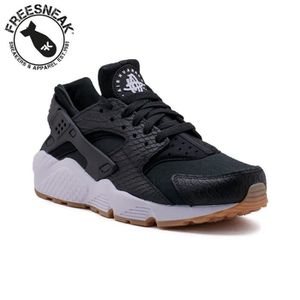 0d320460f01e8 BASKET Baskets Nike Air Huarache Run Se 859429 005 Noir.