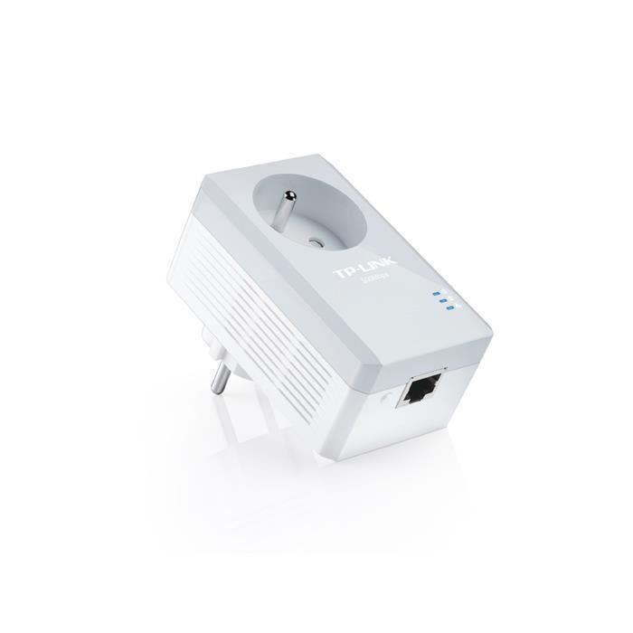 SHOT CASE - TP-Link TL-PA4015P CPL 500 Mbps avec 1 Port Ethernet et Prise Intégrée