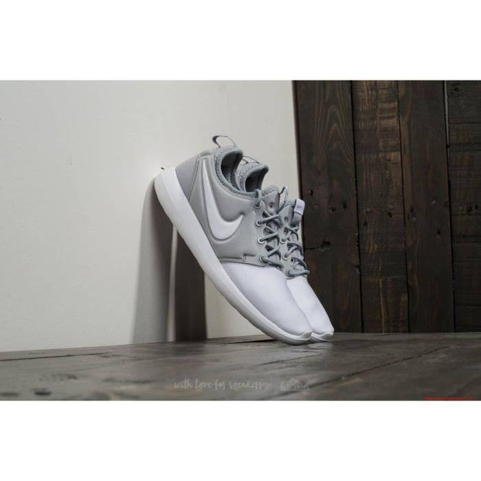 Baskets-NIKE Roshe Two (GS) Chaussures Baskets Chaussures de sport de loisirs chaussures mixtes NoF4Qcenmr