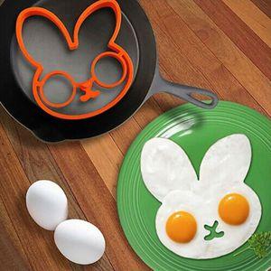 MOULE  Nouveau petit déjeuner cuisine oeuf frit moule mou