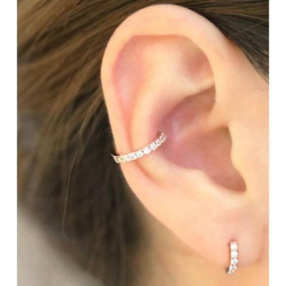 fausse boucle d'oreille cartilage
