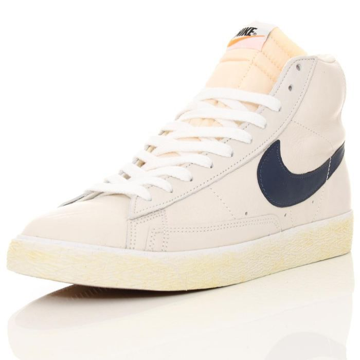 nike blazer montante pas cher nike balles de golf vendre. Black Bedroom Furniture Sets. Home Design Ideas
