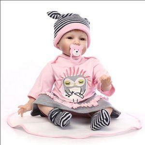 POUPÉE Simulation bébé haute - gamme des modèles de poupé