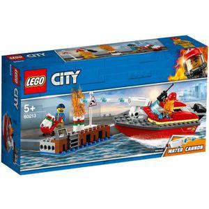 ASSEMBLAGE CONSTRUCTION LEGO® City 60213 L'incendie sur le quai - Jeu de c
