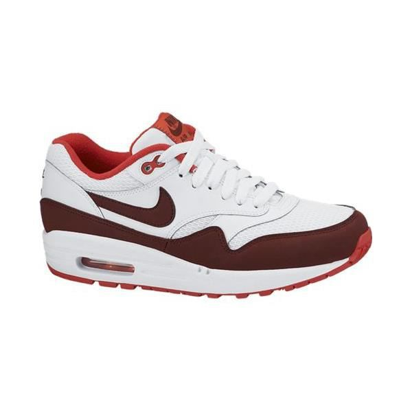 BASKET Basket Nike Air Max 1 Essential .