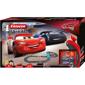 CIRCUIT Circuit Carrera First Disney·Pixar Cars  - 2,9 m