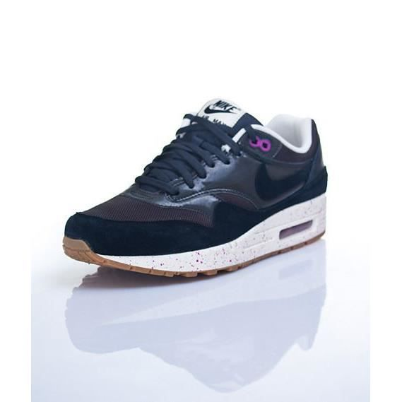 nike air max 1 noir et rose nike air max un r tro. Black Bedroom Furniture Sets. Home Design Ideas