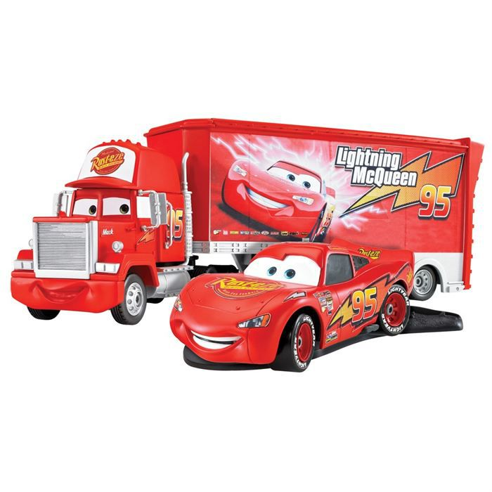 cars 2 figurines flash mc queen et mack voiture camion. Black Bedroom Furniture Sets. Home Design Ideas