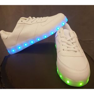 BASKET Chaussures LED Enfants blanches