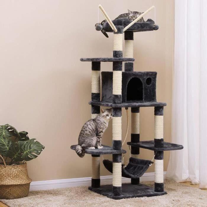 Arbre à chat usagé
