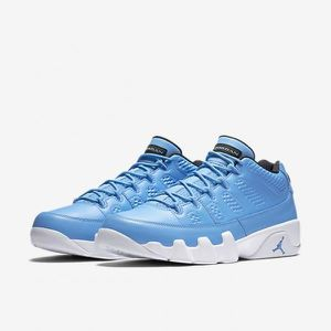 "BASKET Air Jordan 9 Retro Low Bleu ciel ""PANTONE"""